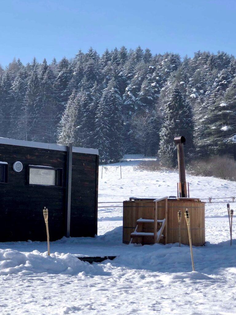 tło mobilna sauna